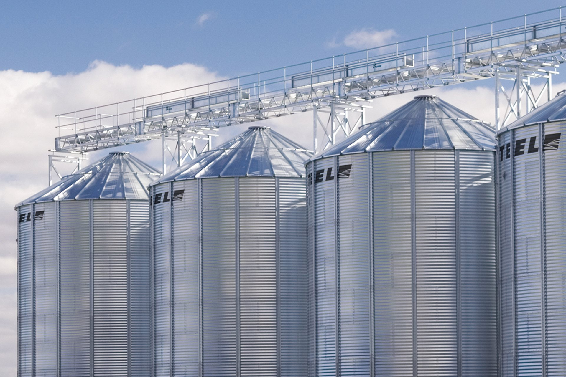 SeedStor-K® Hopper Bottom Bins