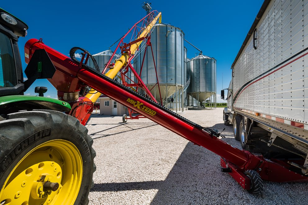 MKX 130 with X-Tend Retracting Swing Hopper.  Image