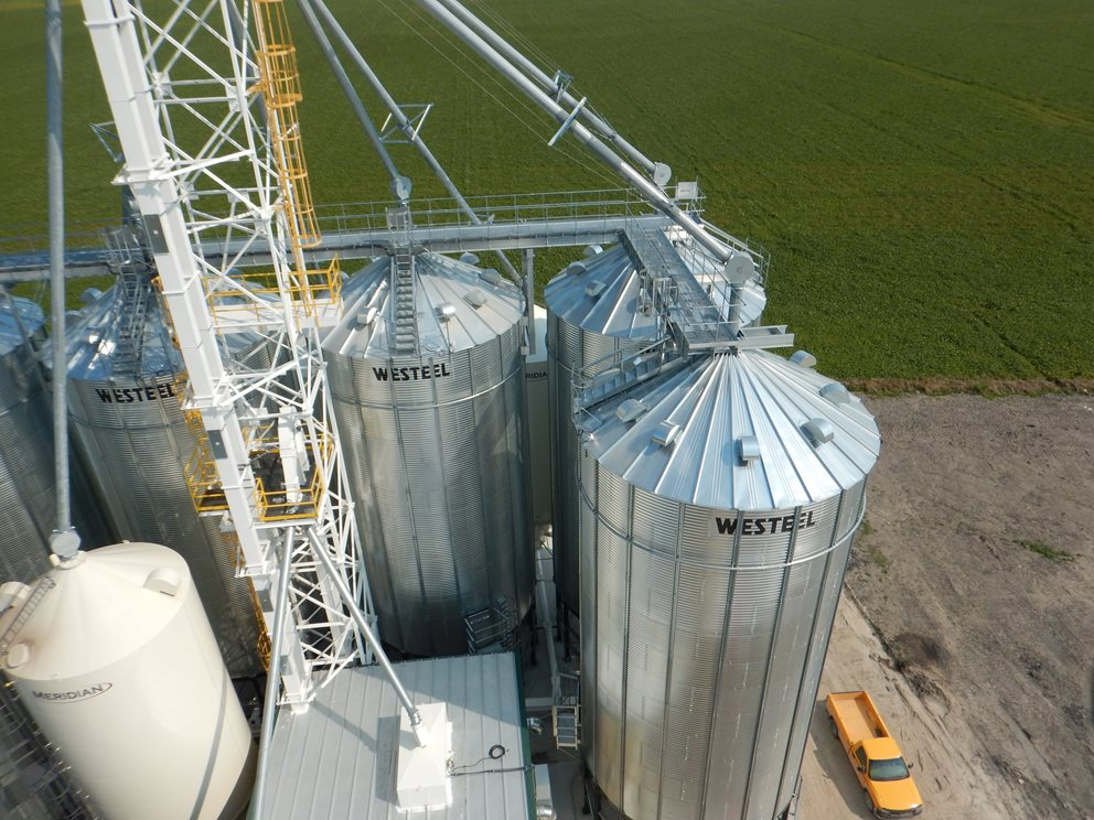 Feed Facility in Niverville, Manitoba Image